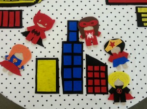 Superhero Felt Table (6)